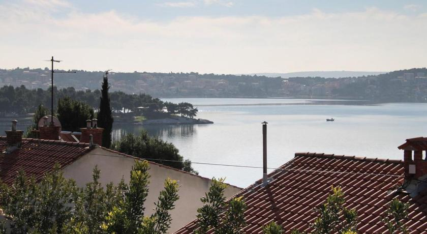Apartment Trogir 6023b