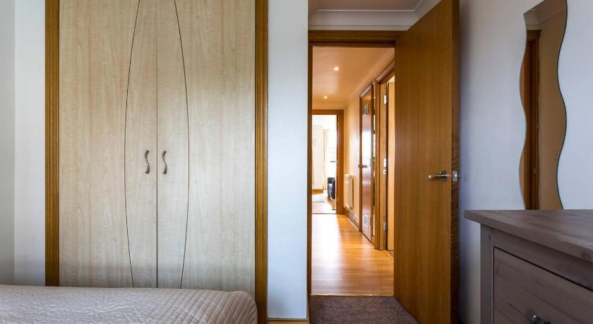 ... Charter House Apartment 85 Canute Road Flat 13 Charter House  Southampton ...