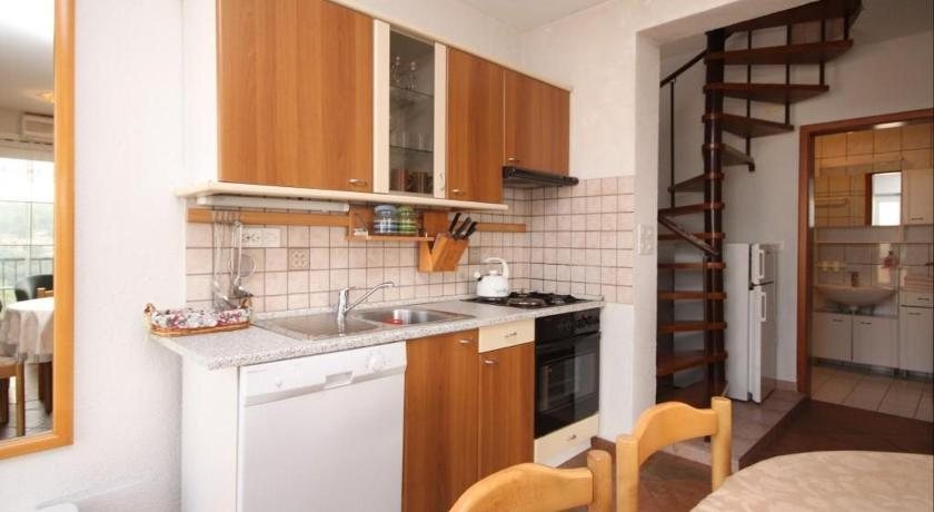 See all 25 photos Apartment Jelsa 538a