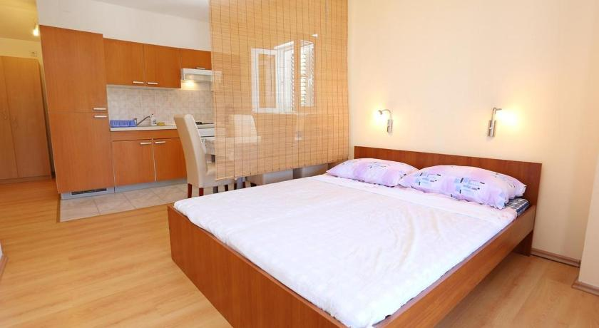 Apartment Zuljana 254b