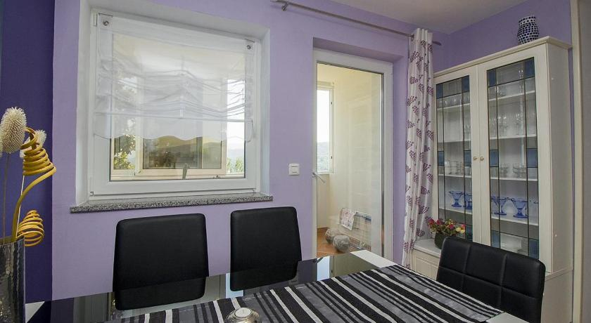 Two-Bedroom Apartment with Balcony and Sea View Apartment Rabac 12100a