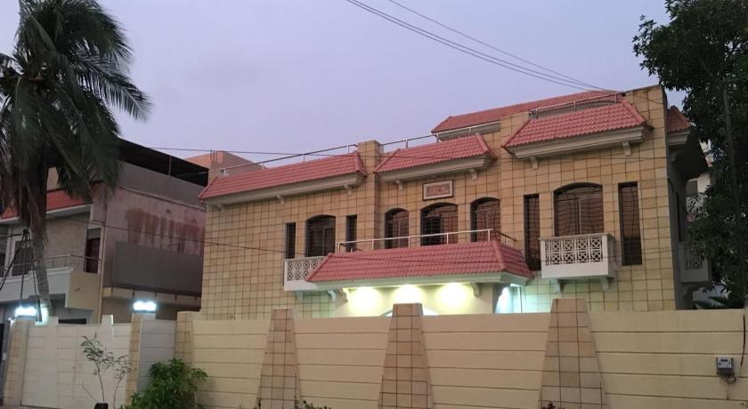 City Lodge Guest House 7N Block 6 PECHS Shahre e Faisal near