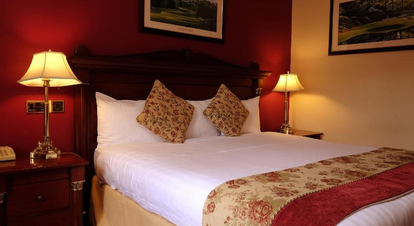 Double Room Racket Hall Country House Golf & Conference Hotel