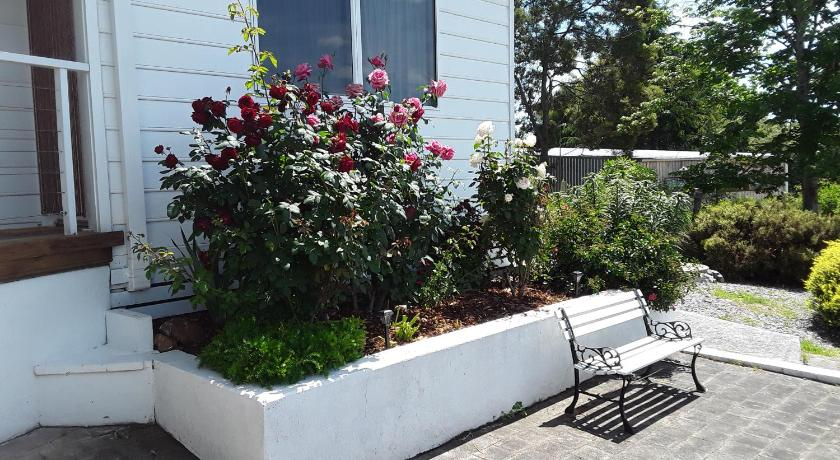 One-Bedroom Apartment - Garden Brady's View Holiday Apartment