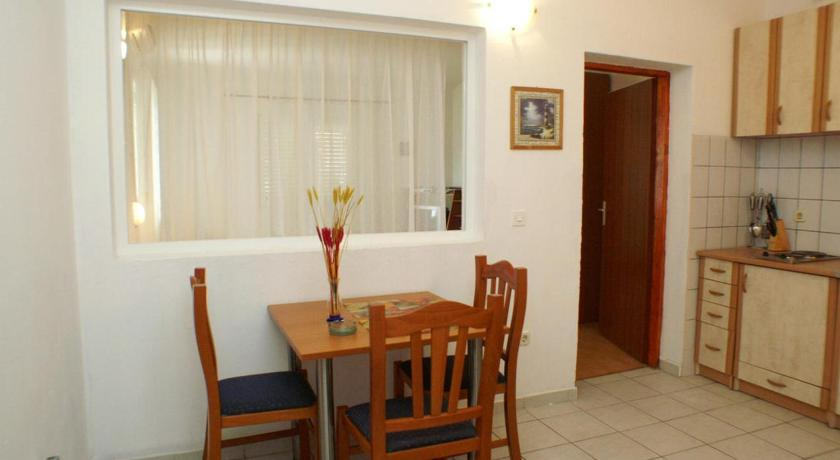 Apartment Trpanj 3162h