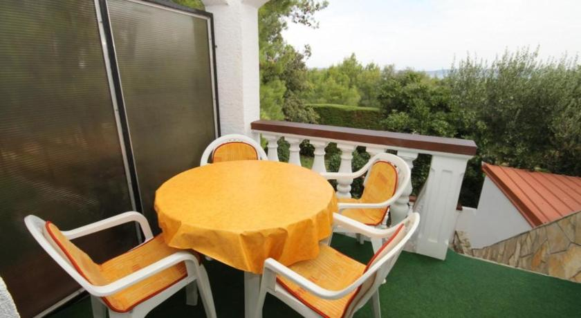 One-Bedroom Apartment with Terrace and Sea View - Balcony/terrace Apartment Zdrelac 8514c