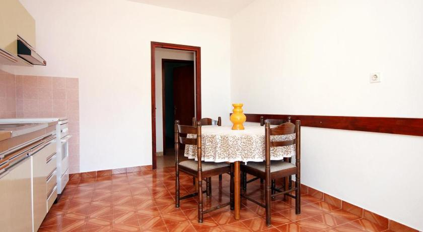 See all 24 photos Apartment Tri Zala 558a