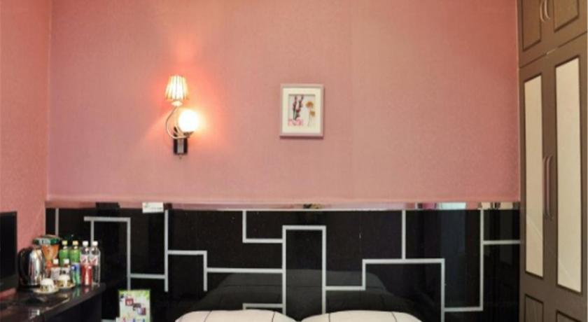 Best Price on Yanji Ruixing Fashionable HomeInn in Yanbian + Reviews
