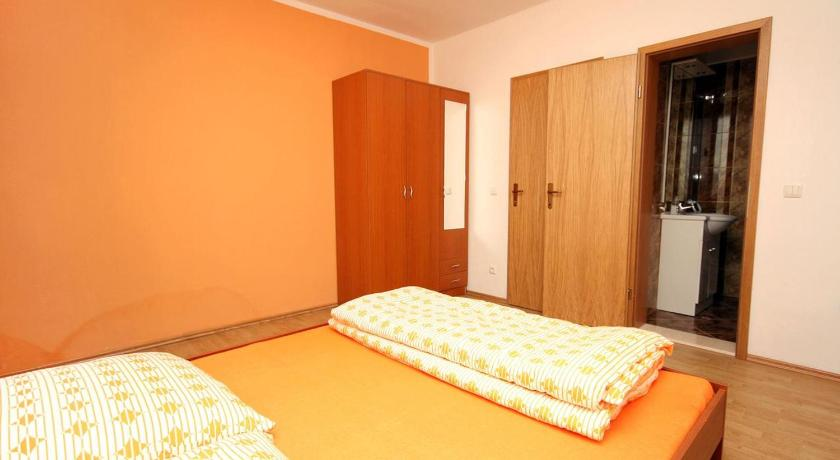 Two-Bedroom Apartment with Terrace and Sea View - Guestroom Apartment Vinisce 4886a