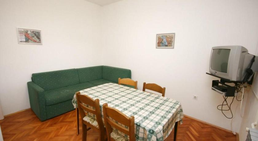 Apartment Turanj 6445b