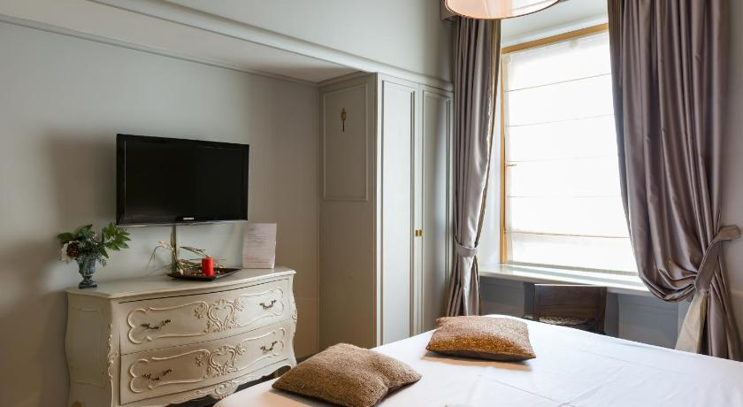 Best Price on Rooms Roma - Monti in Rome + Reviews