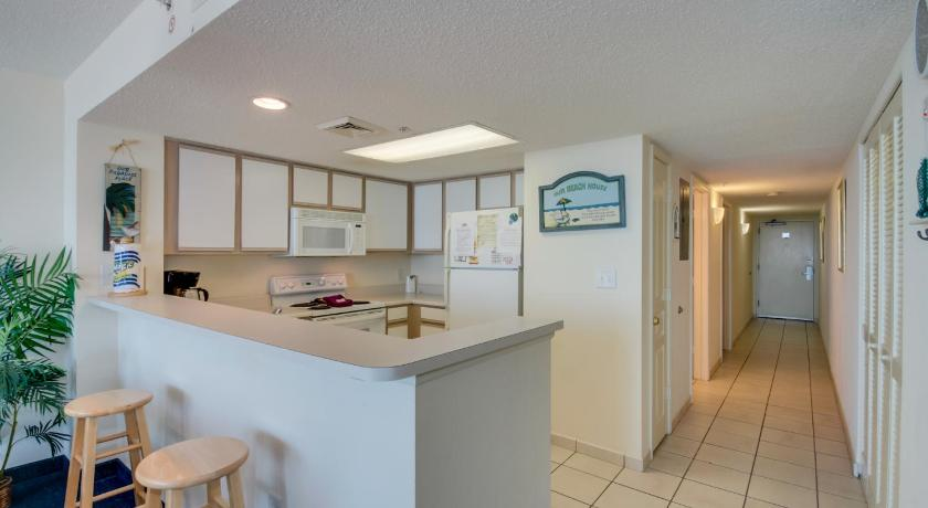 Bay Watch Resort M. 1012 Condo