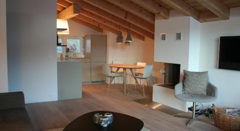 Cocoon - 3.5 Zimmer - Moderne Ferienwohnung beim Laaxersee - Laax ...