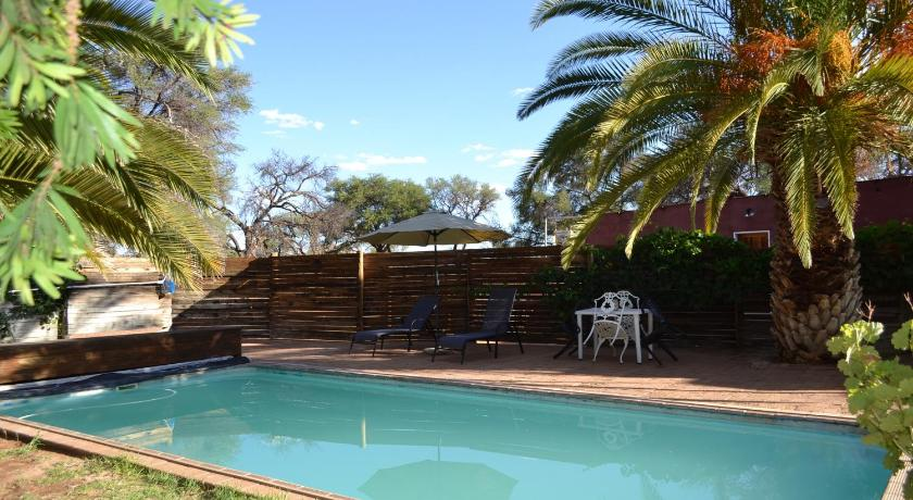 Swimming pool Savanna Guest Farm