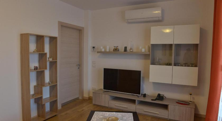 Holiday Home - Separate living room Villa Artemia