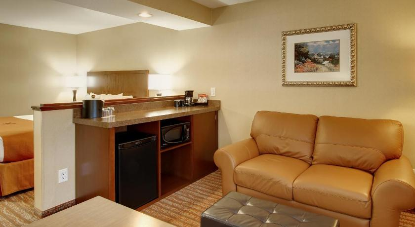 جناح ملكي Phoenix Inn & Suites Lake Oswego