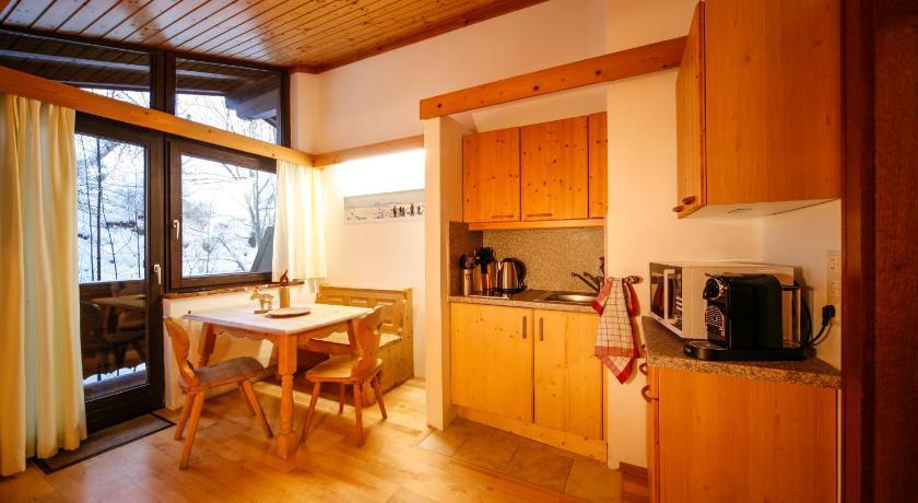 ... Saalbach Apartments Landhaus Bernkogel Eberhartweg 380 Saalbach ...
