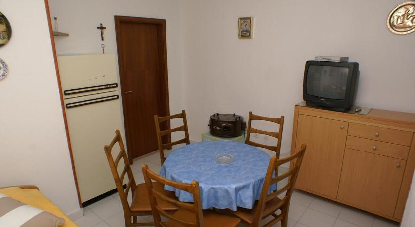 One-Bedroom Apartment with Terrace and Sea View Apartment Balica Rat 2753c