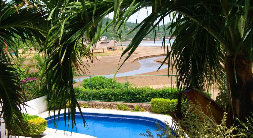 Hc Liri Hotel Fe A La Playa Cruzando El Puente San Juan Del Sur