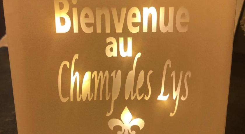 More about Le Champ des Lys