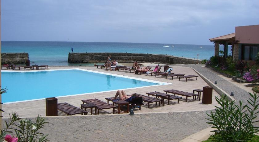 Three-Bedroom Apartment with See View Porto Antigo Three Bed Apartment with Sea View