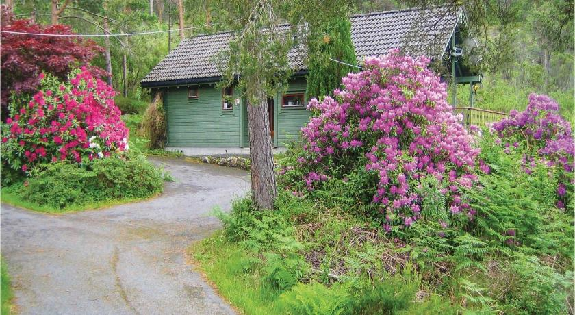 Two-Bedroom Holiday Home - Exterior view Holiday home Rosendal Lyngstrandvegen IV