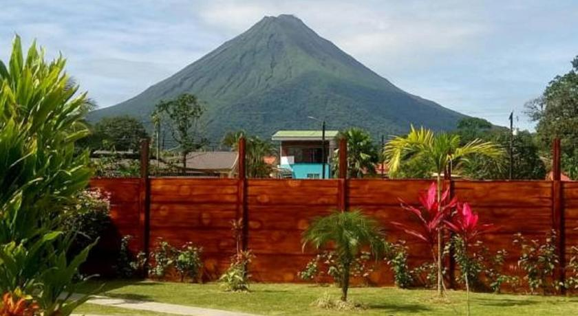 More about Hotel Secreto La Fortuna