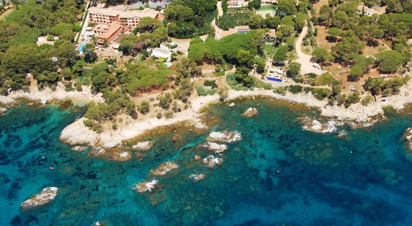 hoteles con encanto en platja  d'aro  39