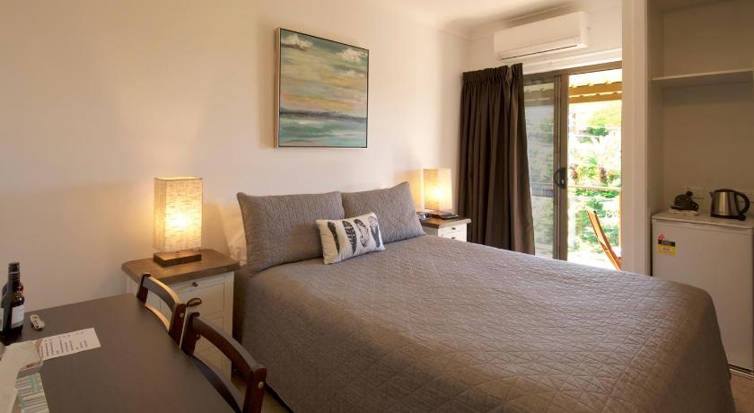 Queen Room - Guestroom Riverside Rest Nambucca Heads