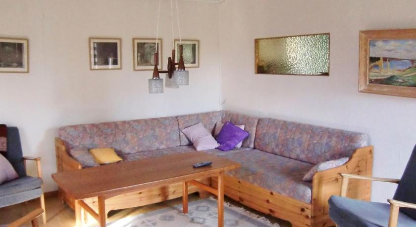 شاهد صورنا الـ24 Three-Bedroom Holiday home in Haverdal 1