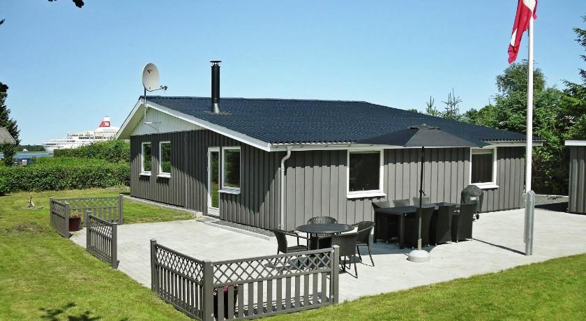 Three-Bedroom Holiday home in Storvorde 18