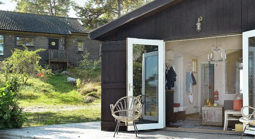 عرض 26 صورة/صور Three-Bedroom Holiday home in Grisslehamn 1