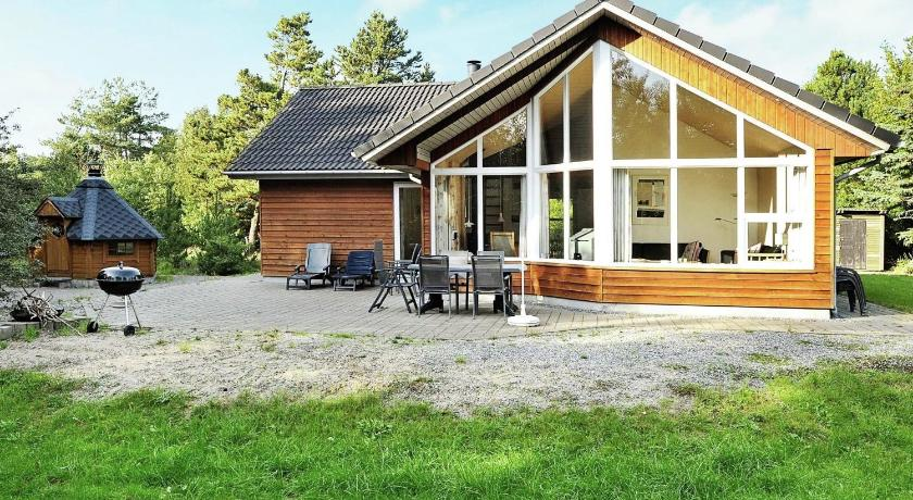 Three-Bedroom Holiday home in Blåvand 61