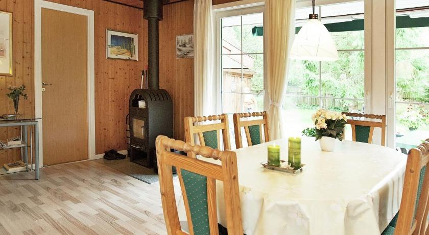 Three-Bedroom Holiday home in Rødby 18