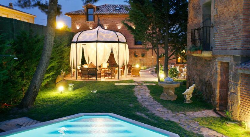 habitaciones con cama dosel en La Rioja  Imagen 1