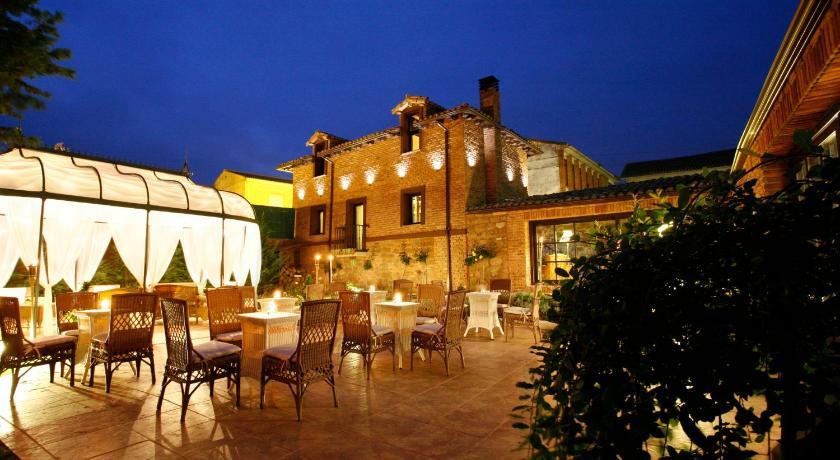 habitaciones con cama dosel en La Rioja  Imagen 32