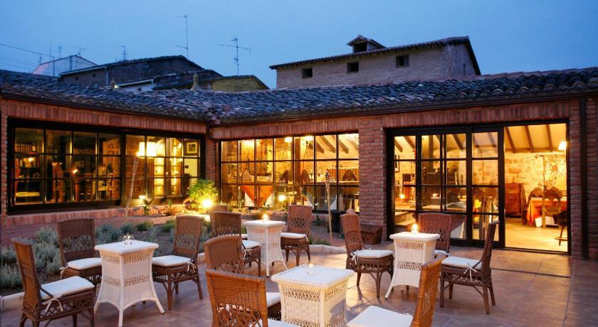 habitaciones con cama dosel en La Rioja  Imagen 34
