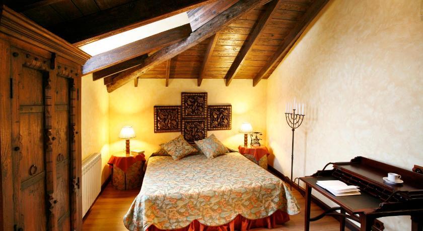 habitaciones con cama dosel en La Rioja  Imagen 19