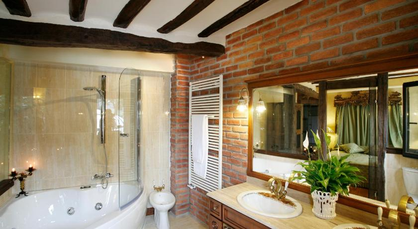 habitaciones con cama dosel en La Rioja  Imagen 49