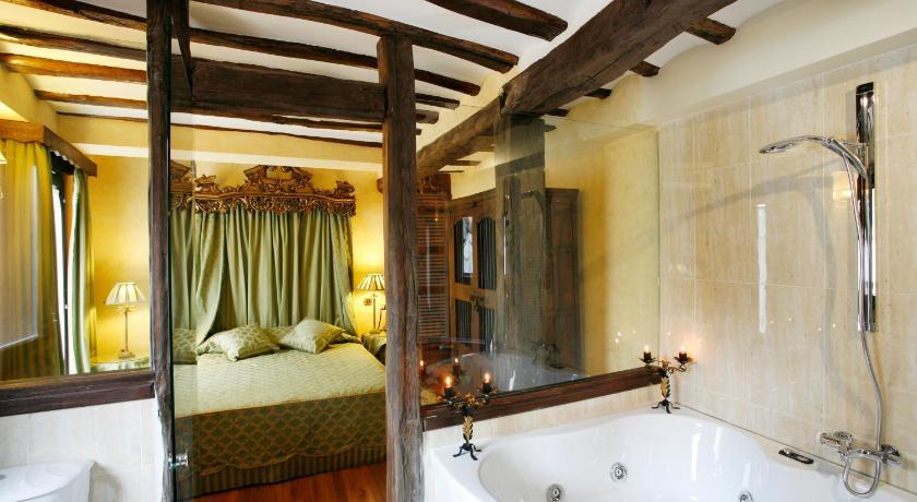 habitaciones con cama dosel en La Rioja  Imagen 14