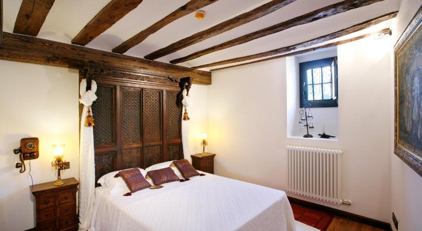 habitaciones con cama dosel en La Rioja  Imagen 27