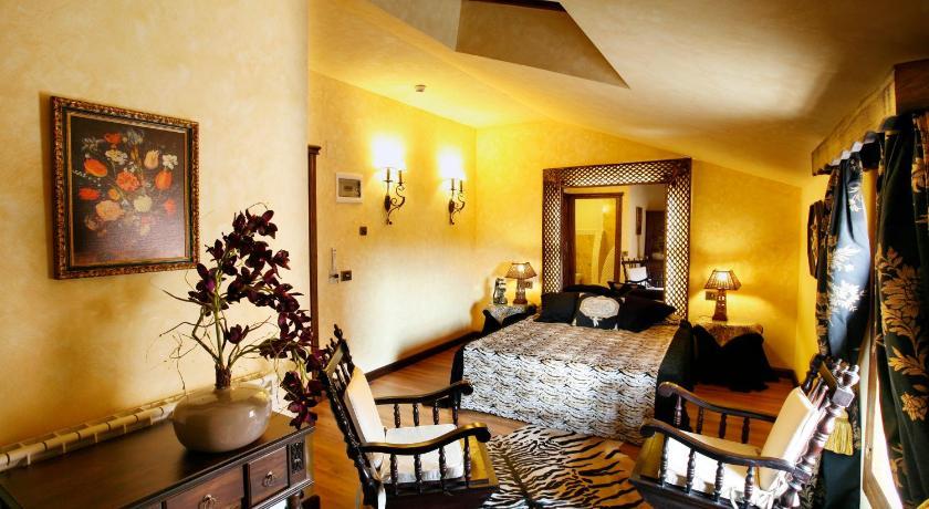 habitaciones con cama dosel en La Rioja  Imagen 37