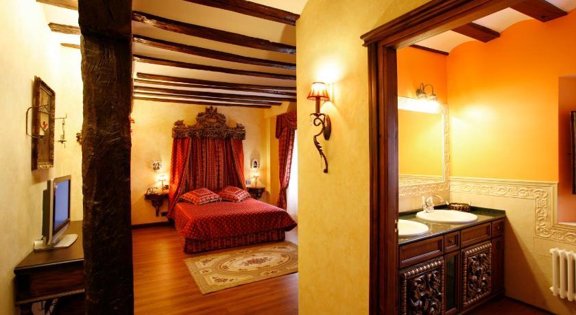 habitaciones con cama dosel en La Rioja  Imagen 20