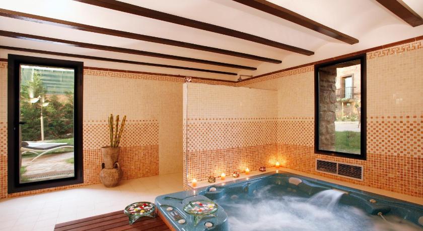habitaciones con cama dosel en La Rioja  Imagen 10