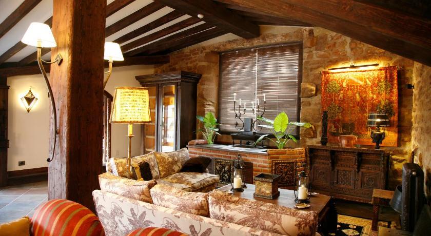 habitaciones con cama dosel en La Rioja  Imagen 9