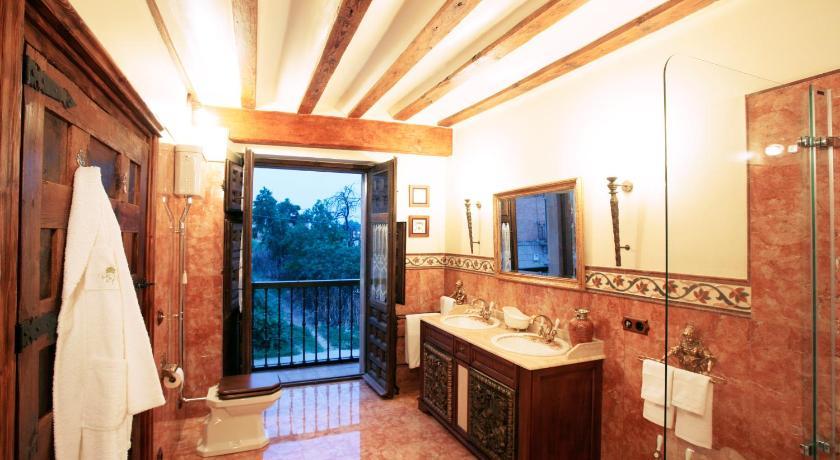 habitaciones con cama dosel en La Rioja  Imagen 40
