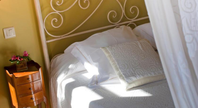 hoteles con encanto en cantabria  59