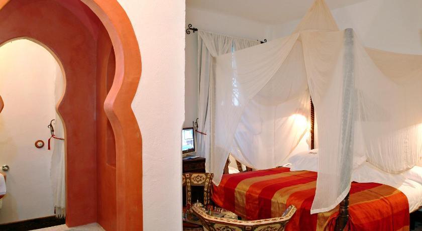 habitaciones con cama dosel en Sevilla  Imagen 3