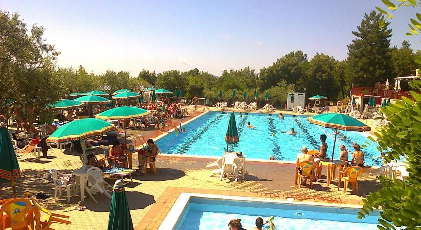 Swimming pool Le Soline