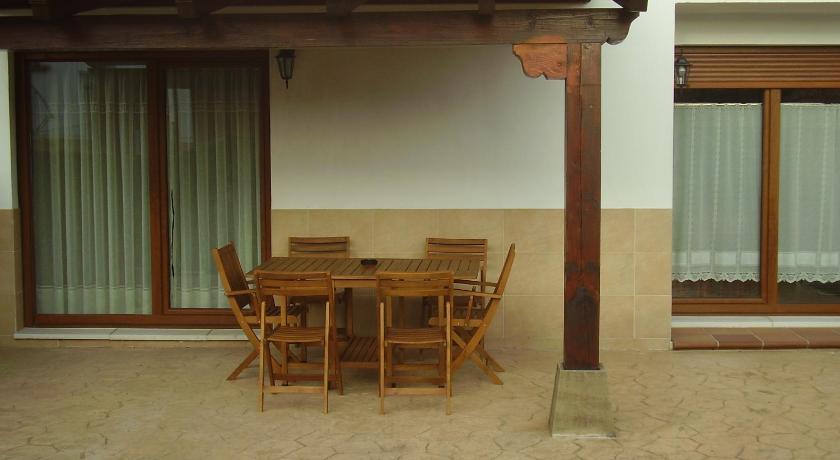 casa jardin porche barbacoa santillana del mar unnamed road selviejo - Porche Casa